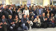 Los alcaldes separatistas, este martes, antes de viajar a Bruselas.