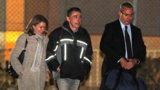 Ignacio González al salir de la cárcel de Soto del Real (Foto: EFE)