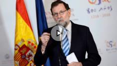 Mariano Rajoy atiende a los medios en Salamanca. (EFE)