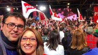 El alcalde de Guillena, Lorenzo Medina y la diputada Carmen Velasco en un acto del PSOE