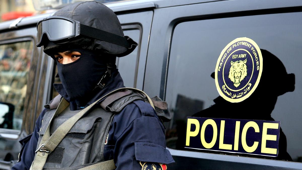 Un policía egipcio en una reciente imagen (Foto: AFP).