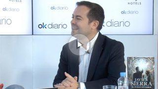 El escritor y divulgador Javier Sierra en el Maratón de 35 horas de entrevistas con OKDIARIO.