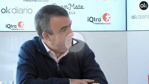 El escritor Lorenzo Silva en el maratón de entrevistas '35 horas de palabras'