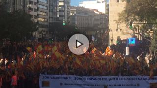 marcha contra el nacionalismo catalanista para decir 'No als païssos inventats'