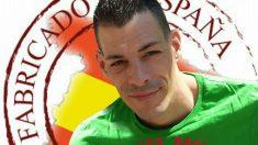 El catalán que puso la bandera española en su Ayuntamiento, Raúl M.P., permanece en prisión desde hace un mes.