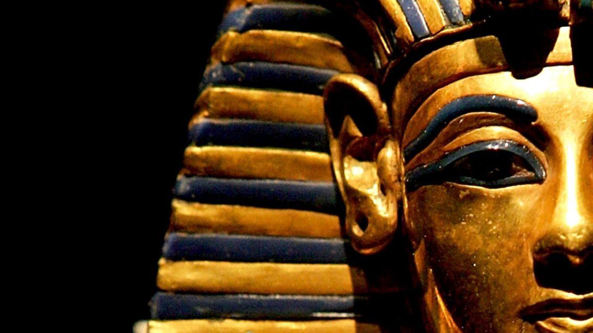 El origen de Tutankamón es incierto, la identidad de sus progenitores es todavía un misterio.