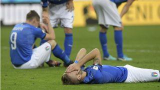 Italia, desolada tras caer eliminada. (AFP)