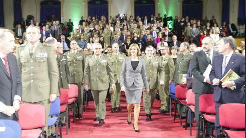La ministra de Defensa, María Dolores de Cospedal, durante la entrega de los Premios Ejército 2017.
