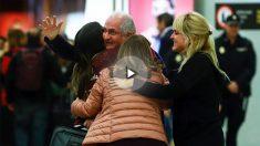 El ex alcalde de Caracas Antonio Ledezma a su llegada a Madrid. (Foto: AFP)
