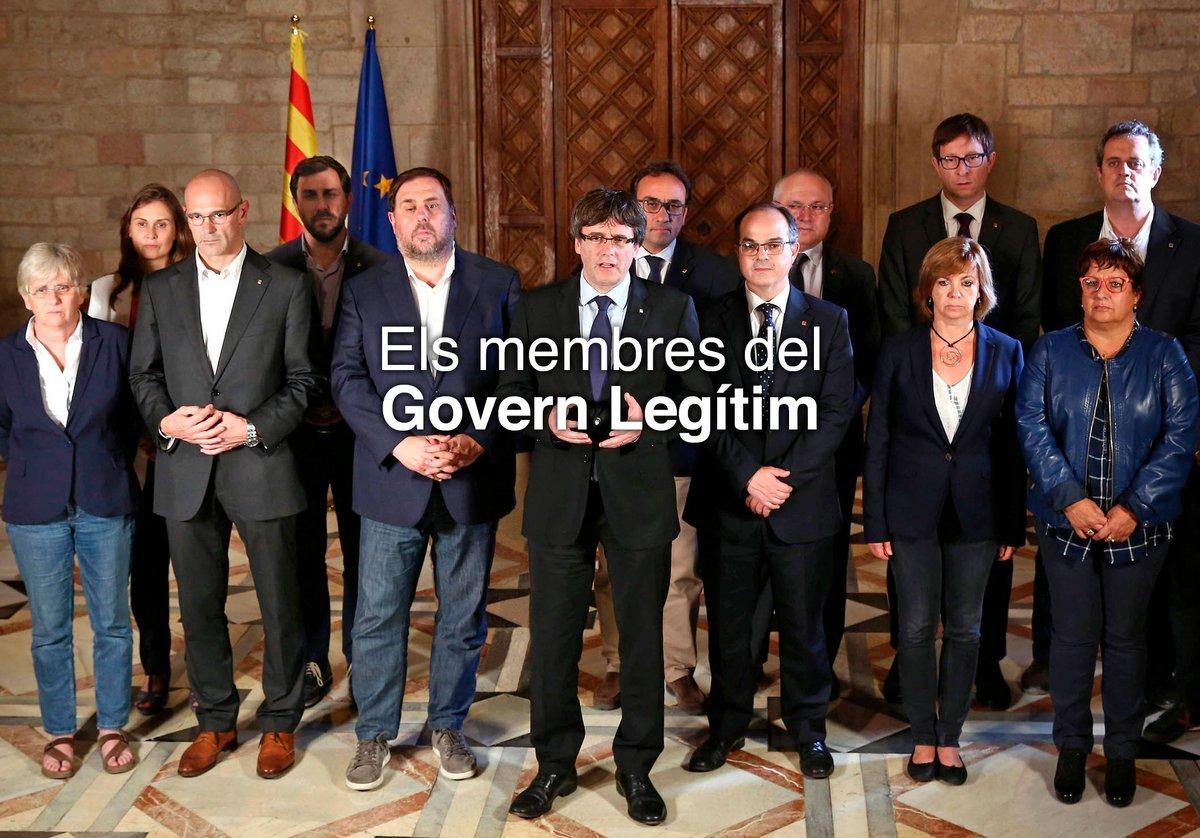 La foto de Carles Puigdemont y sus consellers que difunde en la web del «Govern legítim» de la Generalitat.