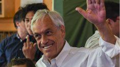 Sebastián Piñera al votar en las elecciones de Chile (Foto: AFP)