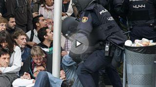 La Policía en una de sus cargas