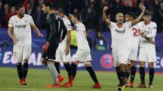 El Sevilla celebra el empate ante el Liverpool. (EFE)