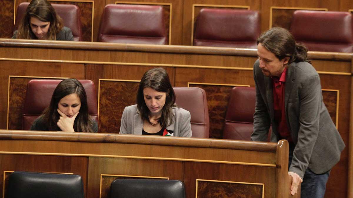 Irene Montero y Pablo Iglesias en el Congreso de los diputados. Foto: FRANCISCO TOLEDO