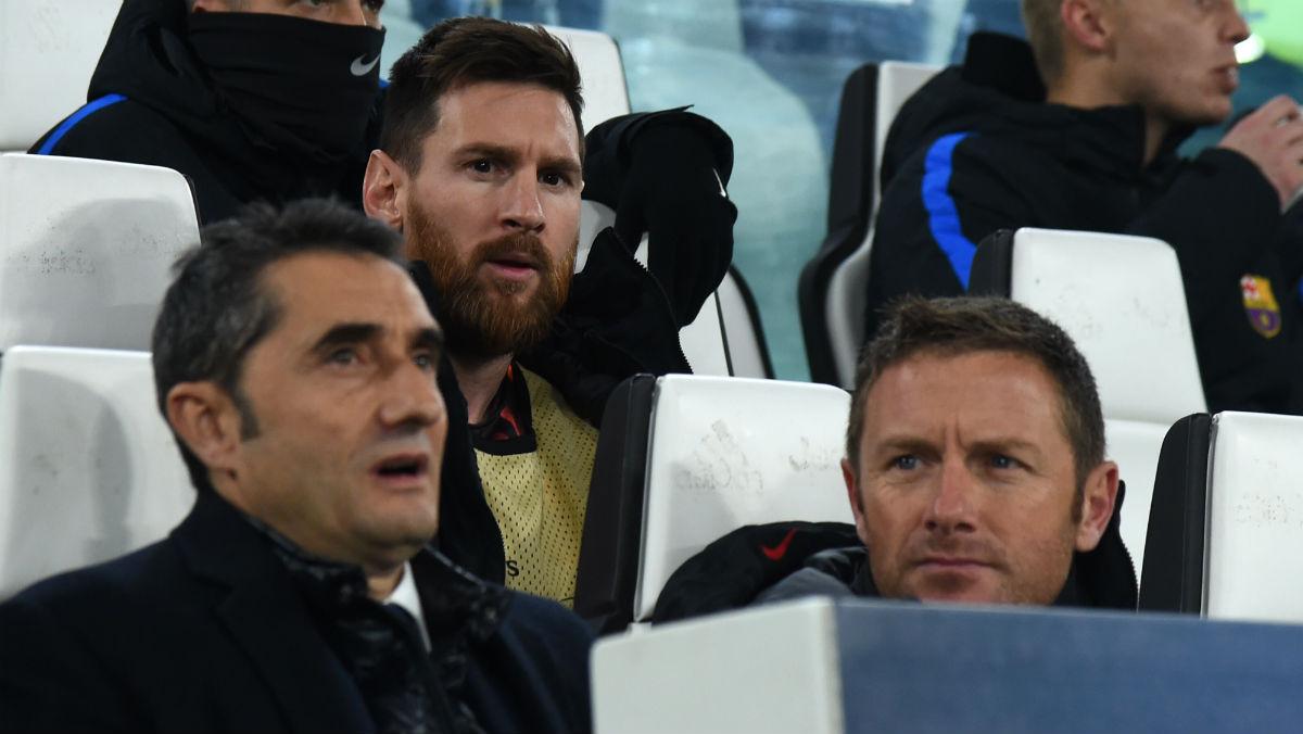 Messi, en el banquillo en Turín. (AFP)