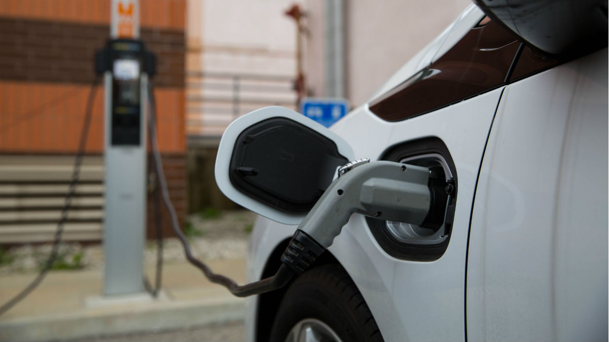 Vehículo eléctrico (Foto: iStock)