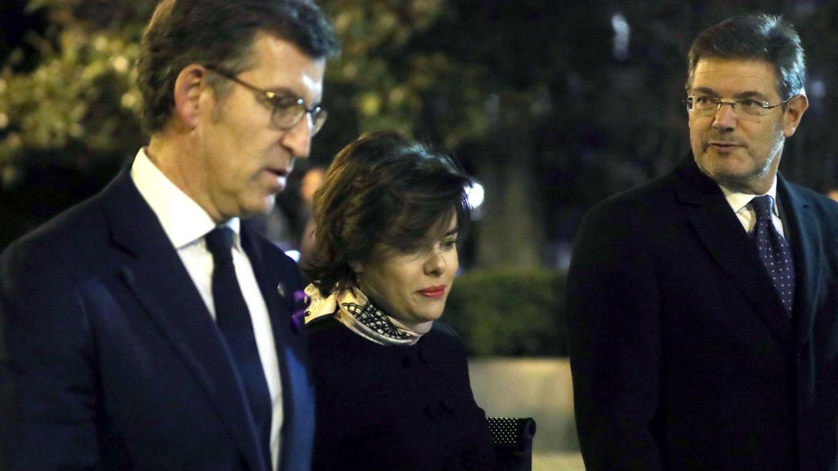 La plana mayor del Gobierno con Rajoy a la cabeza asiste al funeral en memoria de Maza