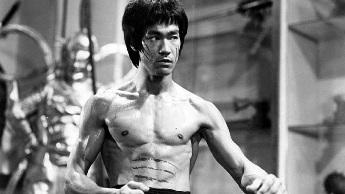 Bruce Lee falleció en extrañas circunstancias.