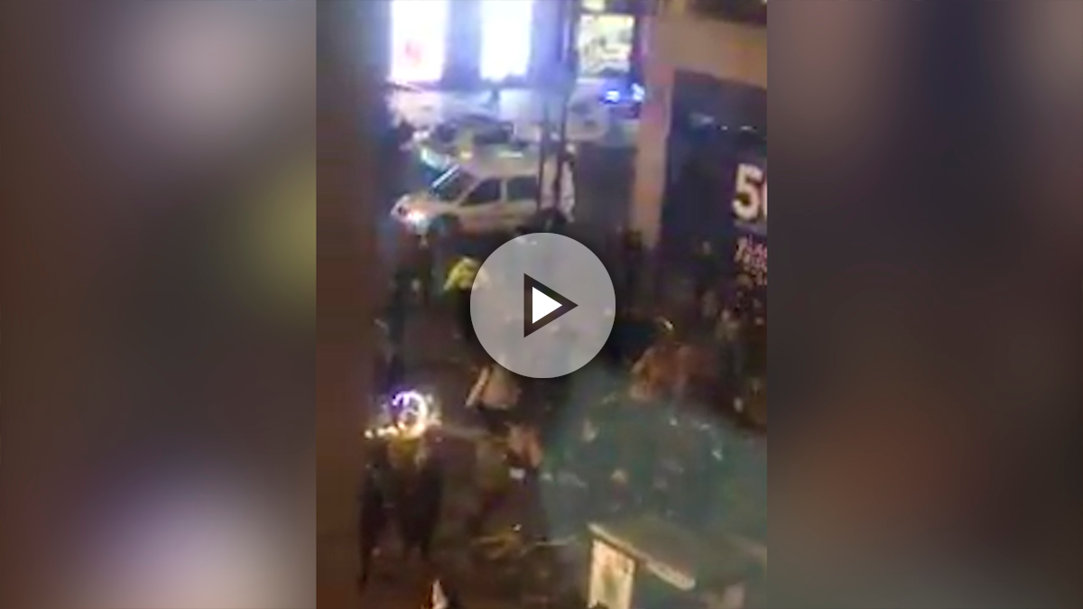 La gente huye de Oxford Street en Londres tras desalojarse la estaci´no de metro por un «incidente»: