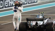 Valteri Bottas celebra su victoria en Abu Dhabi. (AFP)