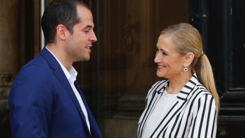 Cristina Cifuentes e Ignacio Aguado. (Foto: Comunidad de Madrid)