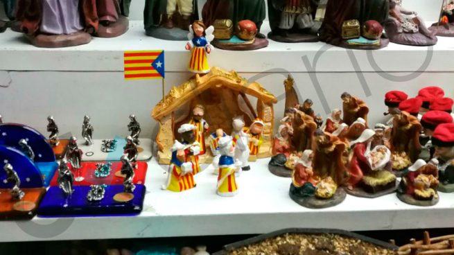 Fotos De Belenes Pequenos.Esteladas En Los Belenes Catalanes Los Independentistas