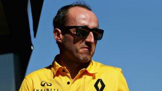 Robert Kubica se defiende de sus críticos asegurando que puede pilotar un Fórmula 1 prácticamente igual que antes de su terrible accidente. (Getty)