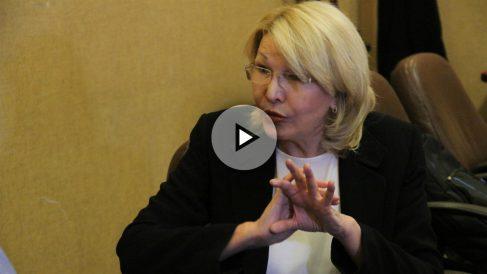 Luisa Ortega Díaz, fiscal venezolana en el exilio, durante su entrevista con OKDIARIO y la Revista Zeta. (Foto y Vídeo: E. Falcón)