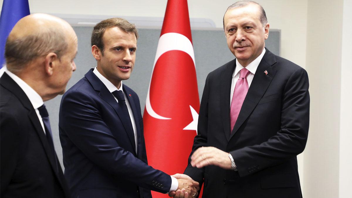 Emmanuel Macron y Recep Tayyip Erdogan (Foto: AFP)