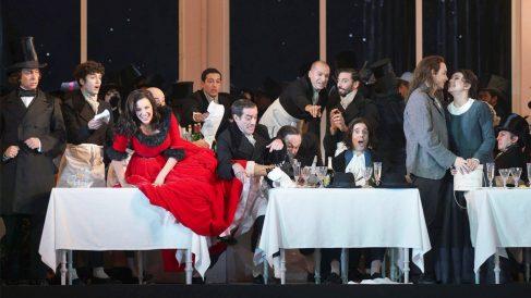'La Bohème' en el Teatro Real. (Foto: EFE)