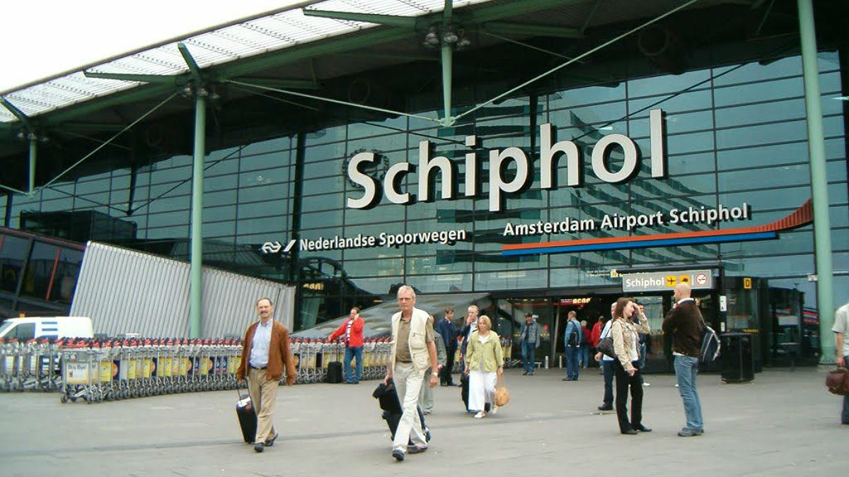 Entrada del Aeropuerto Internacional de Schiphol, en Amsterdam.