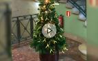 Las 'consellerias' desafían la prohibición de la Junta Electoral: usan la Navidad y no reponen banderas