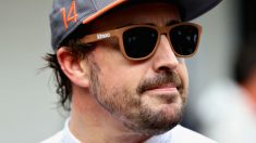 Fernando Alonso ha dado una muestra más de lo competitivo de su carácter reconociendo que incluso llega a apagar su videoconsola antes de consumar una derrota. (Getty)
