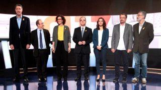 Los siete candidatos en los estudios de TV3 (Foto: Efe).