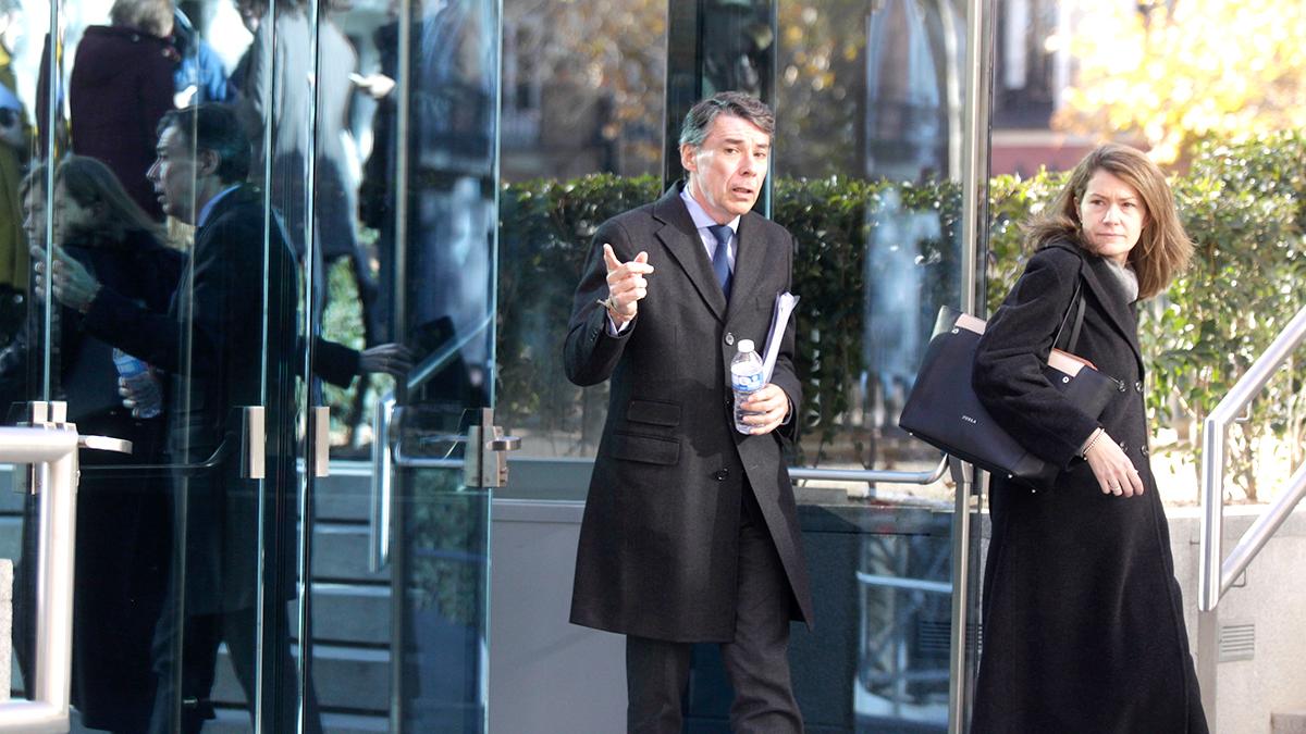Ignacio González sale de la Audiencia Nacional. (Foto: Francisco Toledo)