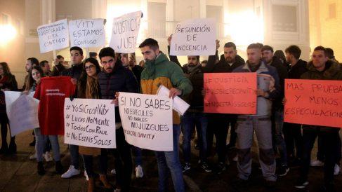 Apoyo a los jugadores de la Arandina acusados de abuso sexual (Foto: EFE)