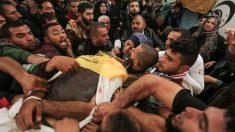 Uno de los muertos en los disturbios de este viernes de la ira convocado por Hamas en Gaza. (AFP)