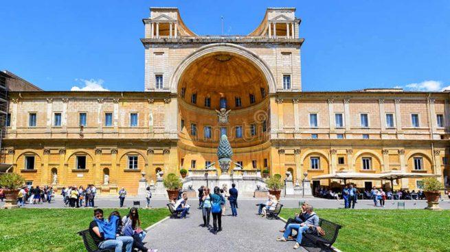 El curioso palacio del vaticano que se pinta con leche - El palacio del bebe ...