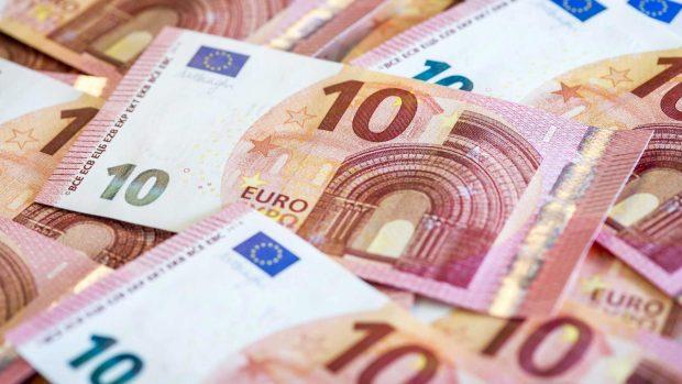 El método para ahorrar 1.500 euros en un año casi sin esfuerzo