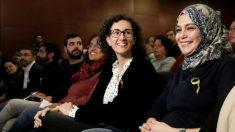 Najat Driouech con Marta Rovira