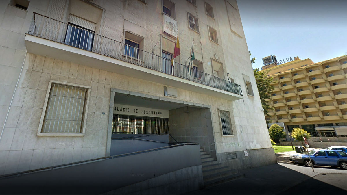 Fachada de la Audiencia Provincial de Huelva.