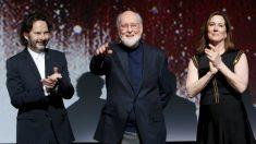 John Williams (en medio) en la premiere de la ultima entrega de Star Wars, Los últimos Jedis. Foto: AFP