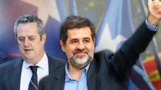 El ex conseller Joaquim Forn y el ex líder de la ANC, Jordi Sànchez, ambos presos y diputados de JxCat.