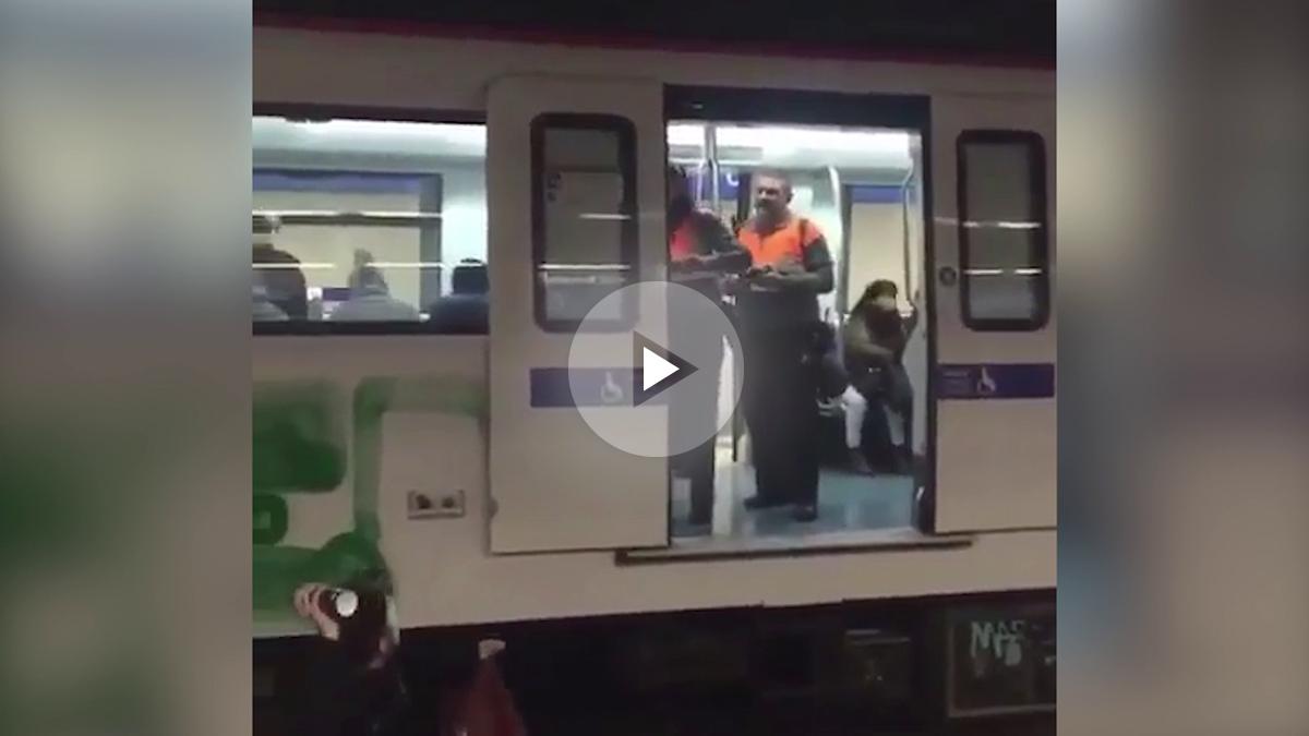 El vandalismo invade el metro de Barcelona