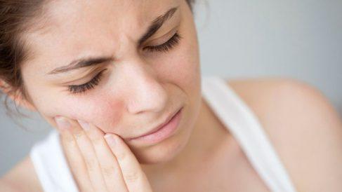 Pasos para aliviar el dolor de muelas de forma natural