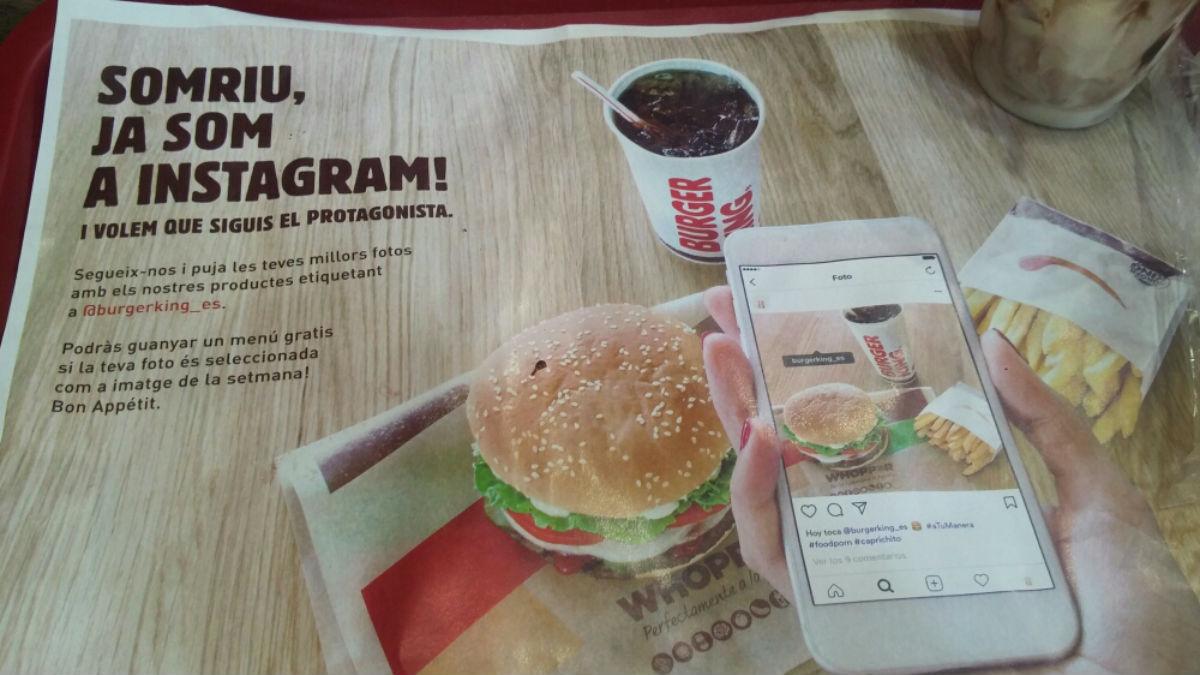 Cartelería Burger King de Barcelona sólo en catalán