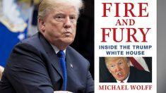Donald Trump y el libro de Michael Wolff que quiere censurar. (Foto: AFP)