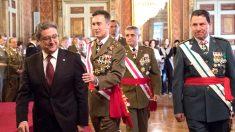 El general Fernando Aznar junto a Enric Millo y al jefe de la Guardia Civil en Cataluña (Foto: Efe).