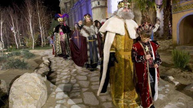 Podemos cambia el recorrido de la cabalgata en Zaragoza y deja a los Reyes sin visitar el Belén