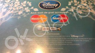 Uno de los carteles de Walt Disney en Cataluña.